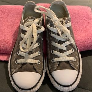 Girls Gray Converse Size 1 Great Condition